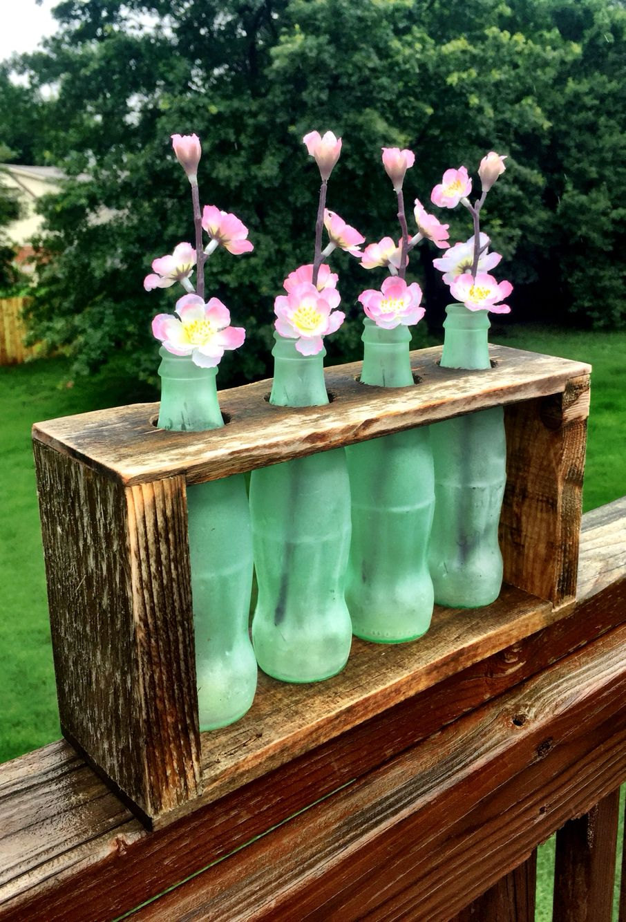 4 bottle vase holder for any occasion. Or no occasion at all.
