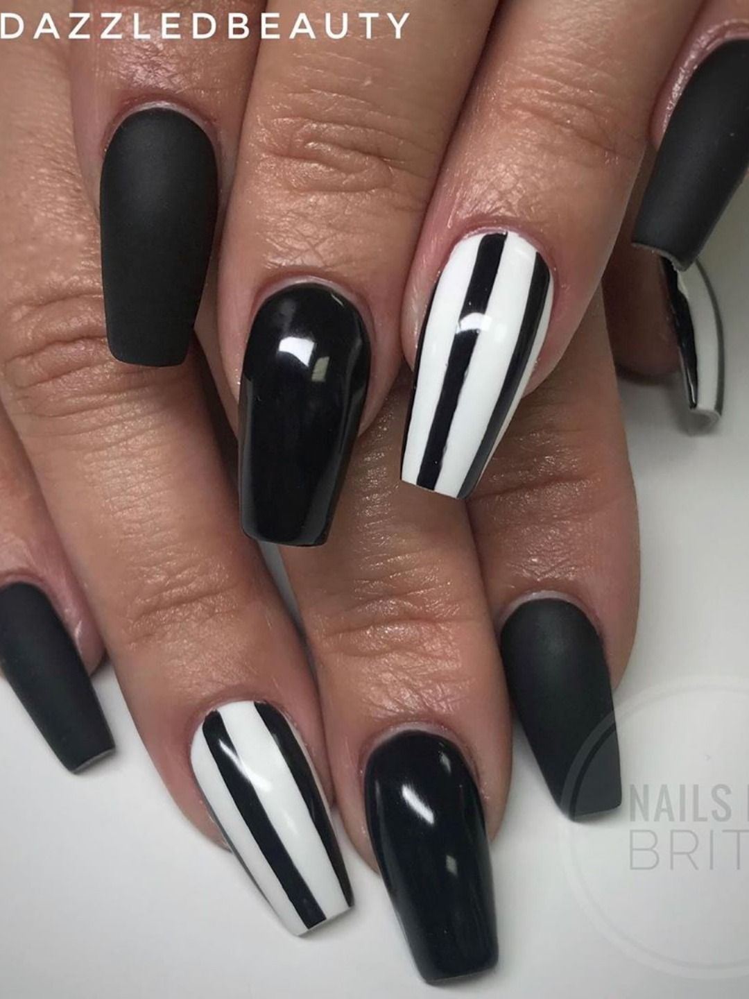 The Most Beautiful Black Winter Nails Ideas Stylish Belles In 2020 White And Silver Nails Black Nail Designs White Tip Nails