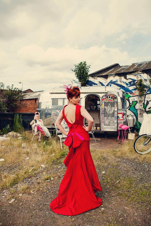 Pin On Rockabilly Vintage And Goth Wedding Ideas [ 1500 x 1000 Pixel ]
