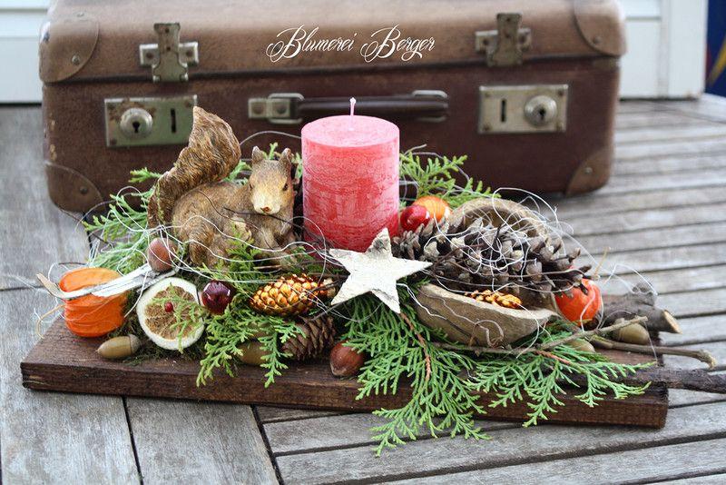 weihnachtsdeko adventsgesteck eichh rnchen. Black Bedroom Furniture Sets. Home Design Ideas