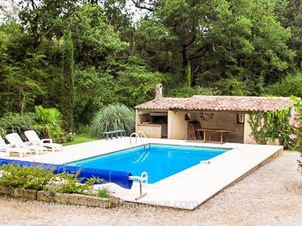 La piscine de la location de vacances Villa à Bédoin ,Vaucluse - location vacances provence avec piscine