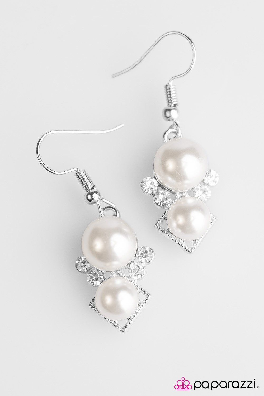 Paparazzi Mrs. Gatsby White Earring | Wire me some Jewelry ...