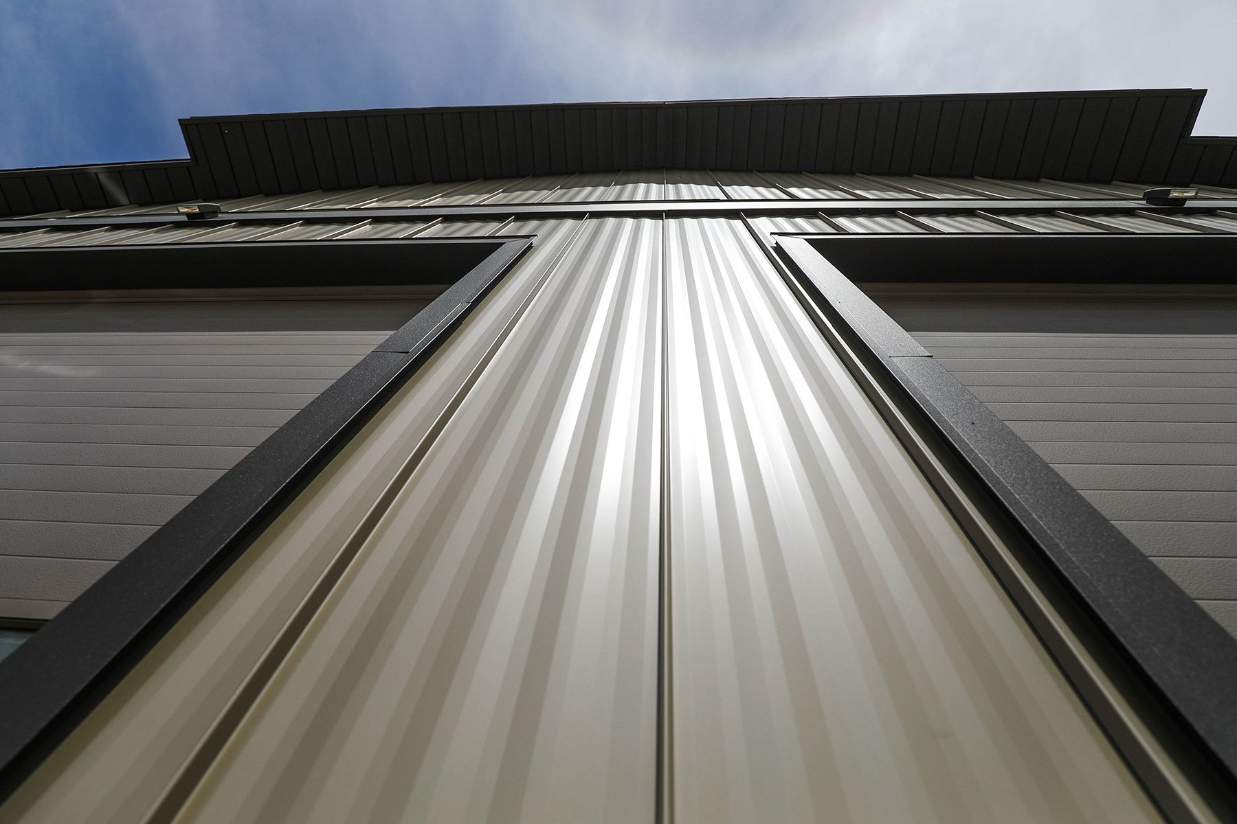 Close Up Of 1 Standing Seam Metal Panels Panel Systems