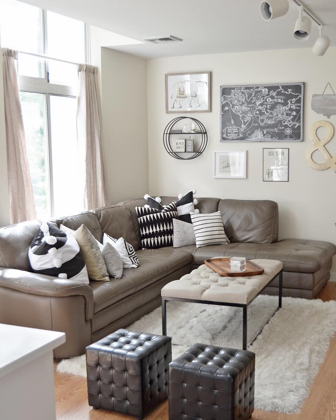 Help Me Decorate My Living Room: Current Living Room Situation But It's About To Change
