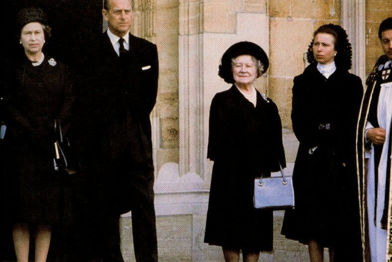 Risultati immagini per queen mother at wallis simpson funeral