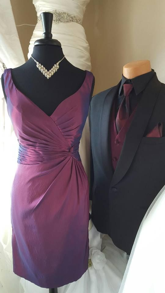 Did you know Spotlight Formal Wear can match your color? From a formal evening…