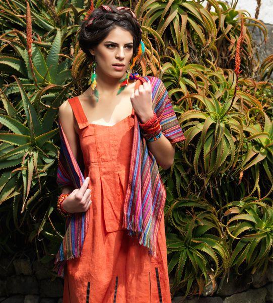 Linen dress Bella with colourful scarf by Denise Cruz.