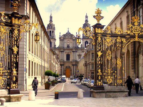 Golden Gates, Nancy, France    photo by jeanpaul