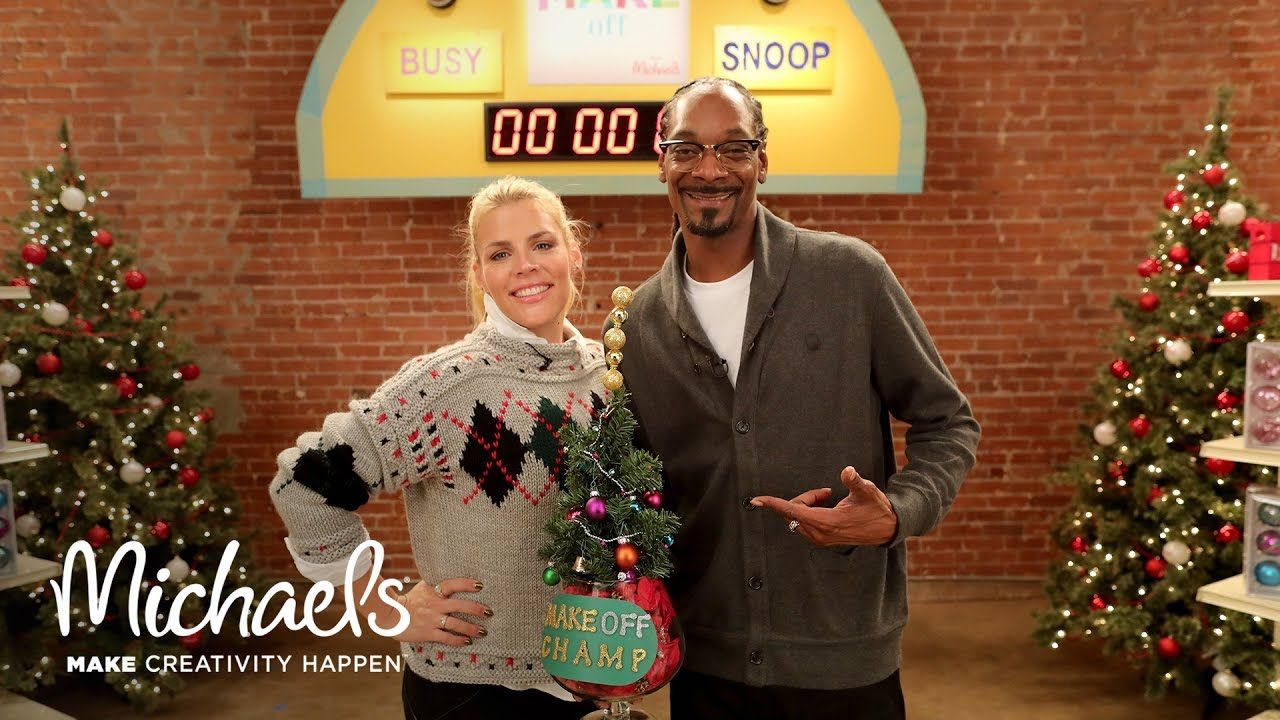 Michaels Christmas Ornaments 2019 Snoop Dogg & Busy Philipps Make Ornaments | The Make Off