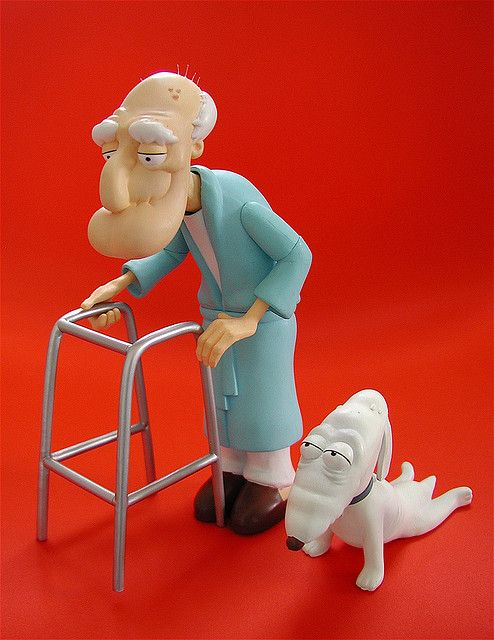 mezco family guy figures herbert & dog (2006 comiccon