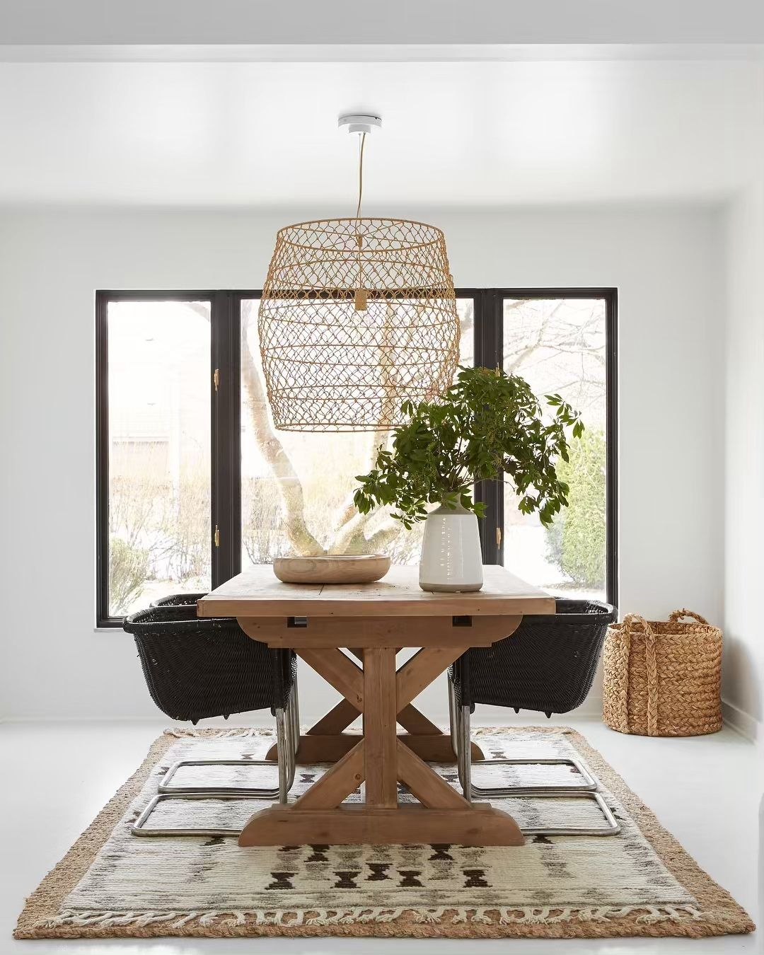 "Leanne Ford on Instagram: ""This #diningroom is all about the windows. They seemed dated before, but surrounded by clean #white #walls these #windows feel new again.…"" #leannefordinteriors"