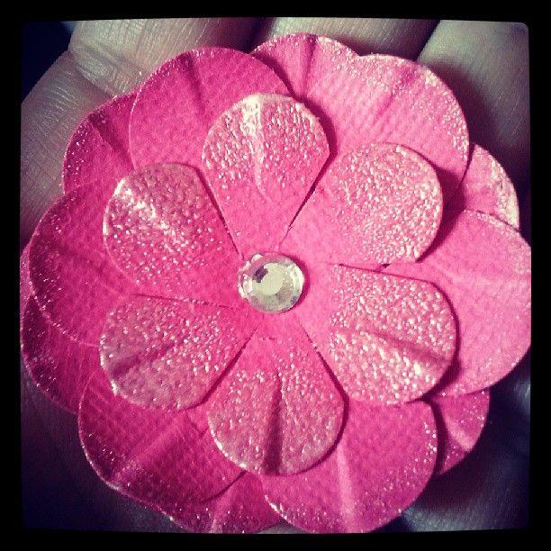 Flor feita a partir de um curso....