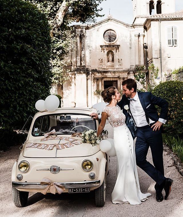 Vintage Car Wedding Car Vintage Wedding In 2020 Vintage Car Wedding Wedding Car Bridal Car
