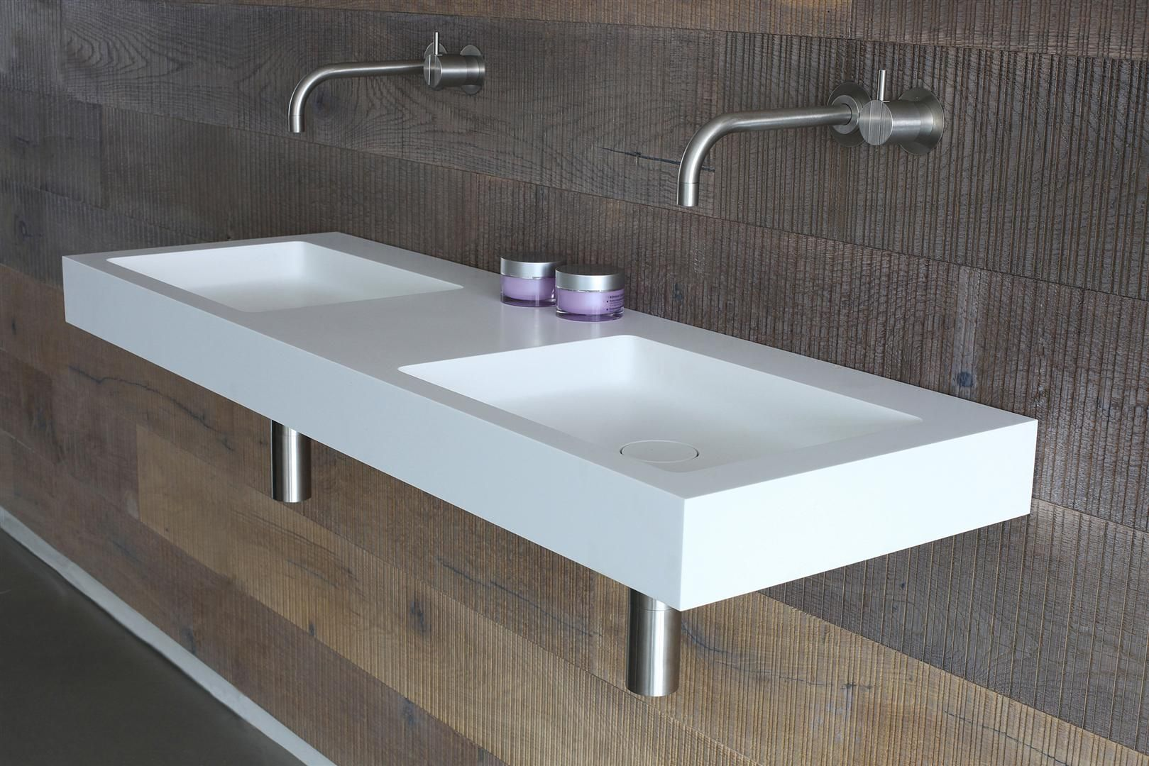 Wash basin. sjartec badkamers sanitair leiden zuid holland