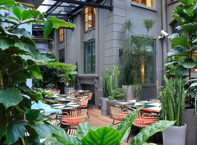 les terrasses chauff es les plus cosy de l 39 hiver modern porch pinterest paris jardin d. Black Bedroom Furniture Sets. Home Design Ideas