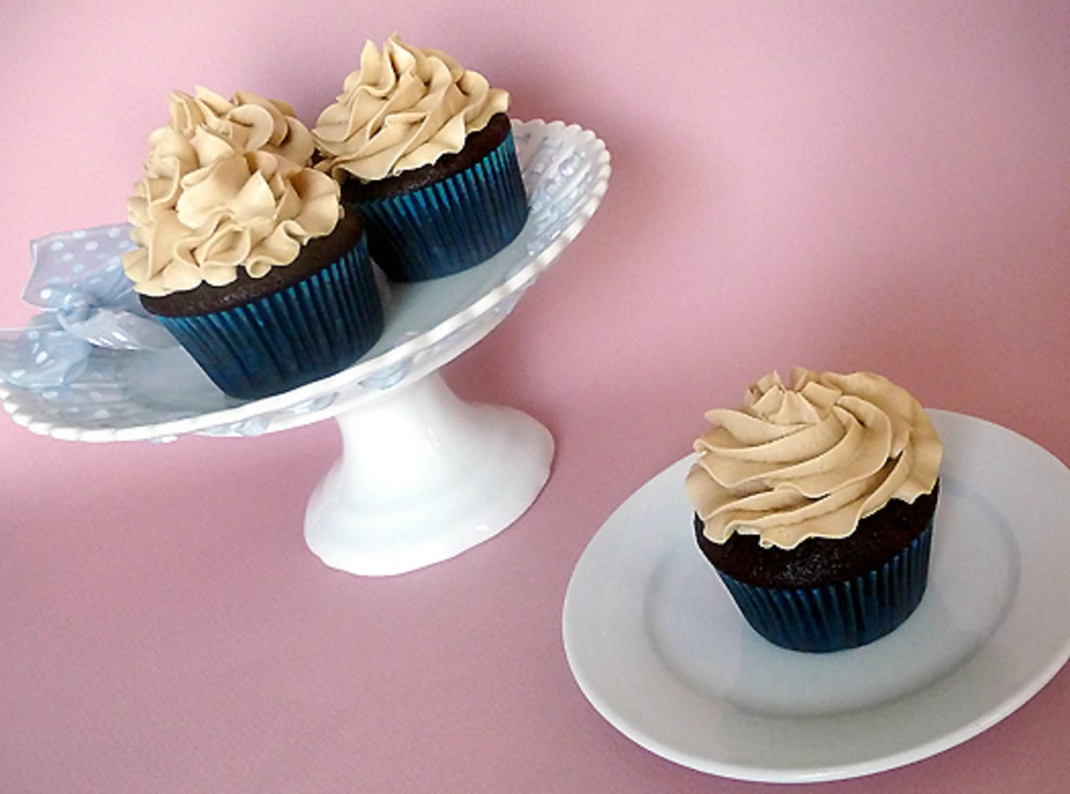Mocha Cupcakes with Espresso Buttercream Frosting Homemade Food Junkie #espressoathome This #Mocha Cupcakes with Espresso Buttercream Frosting Recipe  Just A Pinch Recipes is a better for our dinner made with wholesome ingredients! Dairy, #Healthy, Gluten Free, grain free and paleo too!, Our #mocha cupcakes with espresso Recipes very delicious, we can try to make this #Mocha Chocolate Chip Espresso Cupcakes  The Cake Merchant recipes at home.Read More About This Recipe  Click here #espressoathome