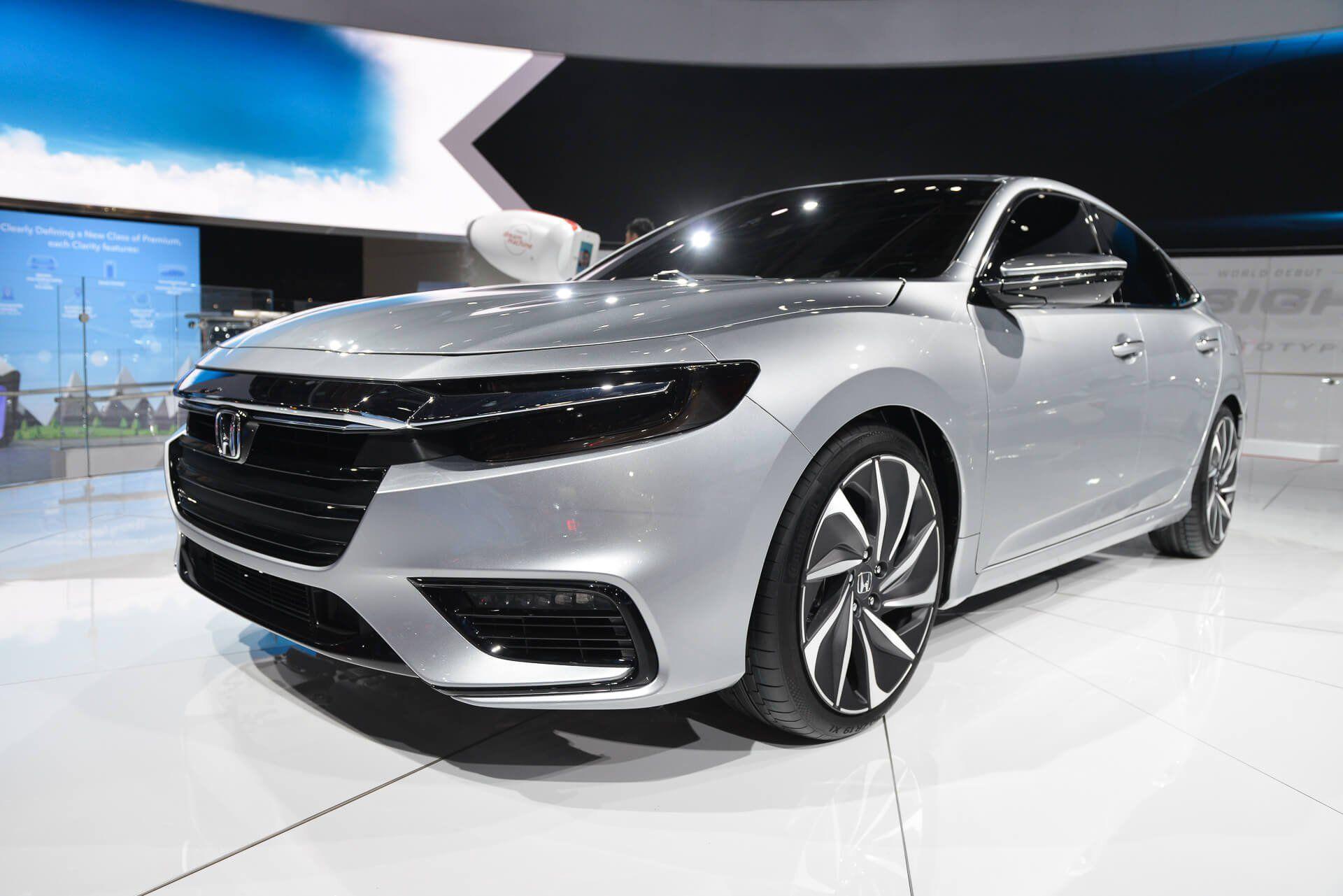 Honda Civic 2020 Facelift Model from Honda Sneak Preview