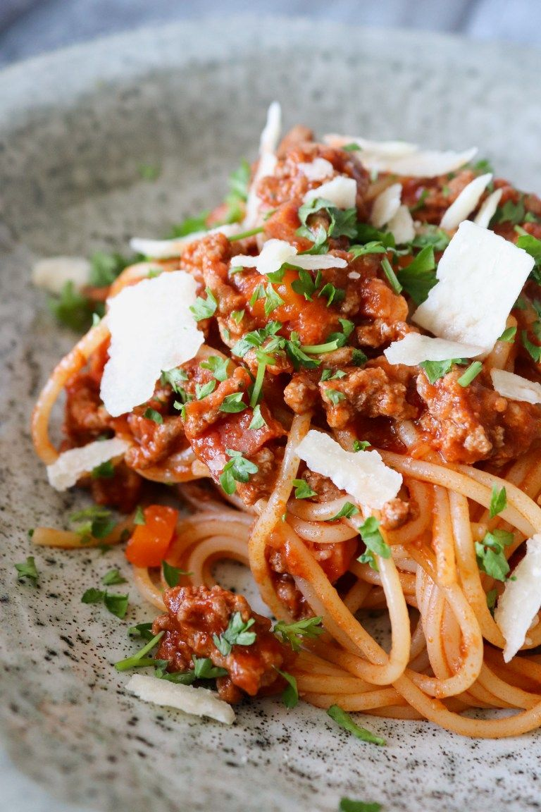 Skon Spaghetti Bolognese Med Roget Bacon Nem Aftensmad