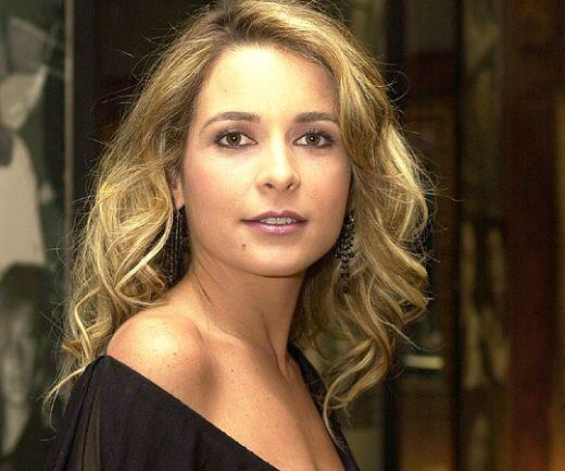 Claudia Abreu Nude Photos 33