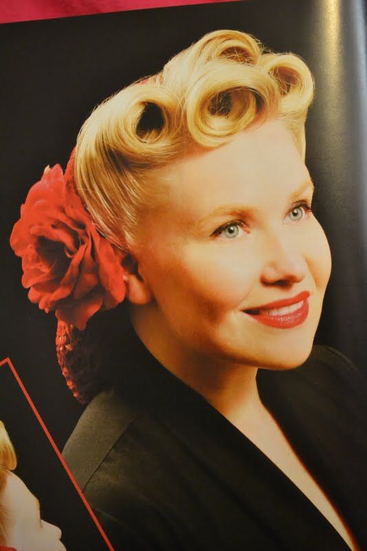 1940s Ladies Hairstyles The Snood Style Just Beautiful