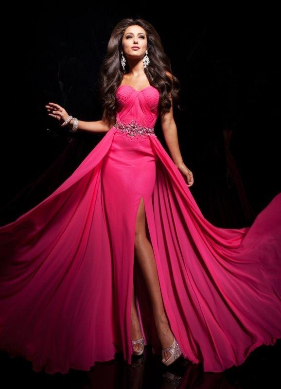 Картинки по запросу шикарное длинное красивое платье на ...