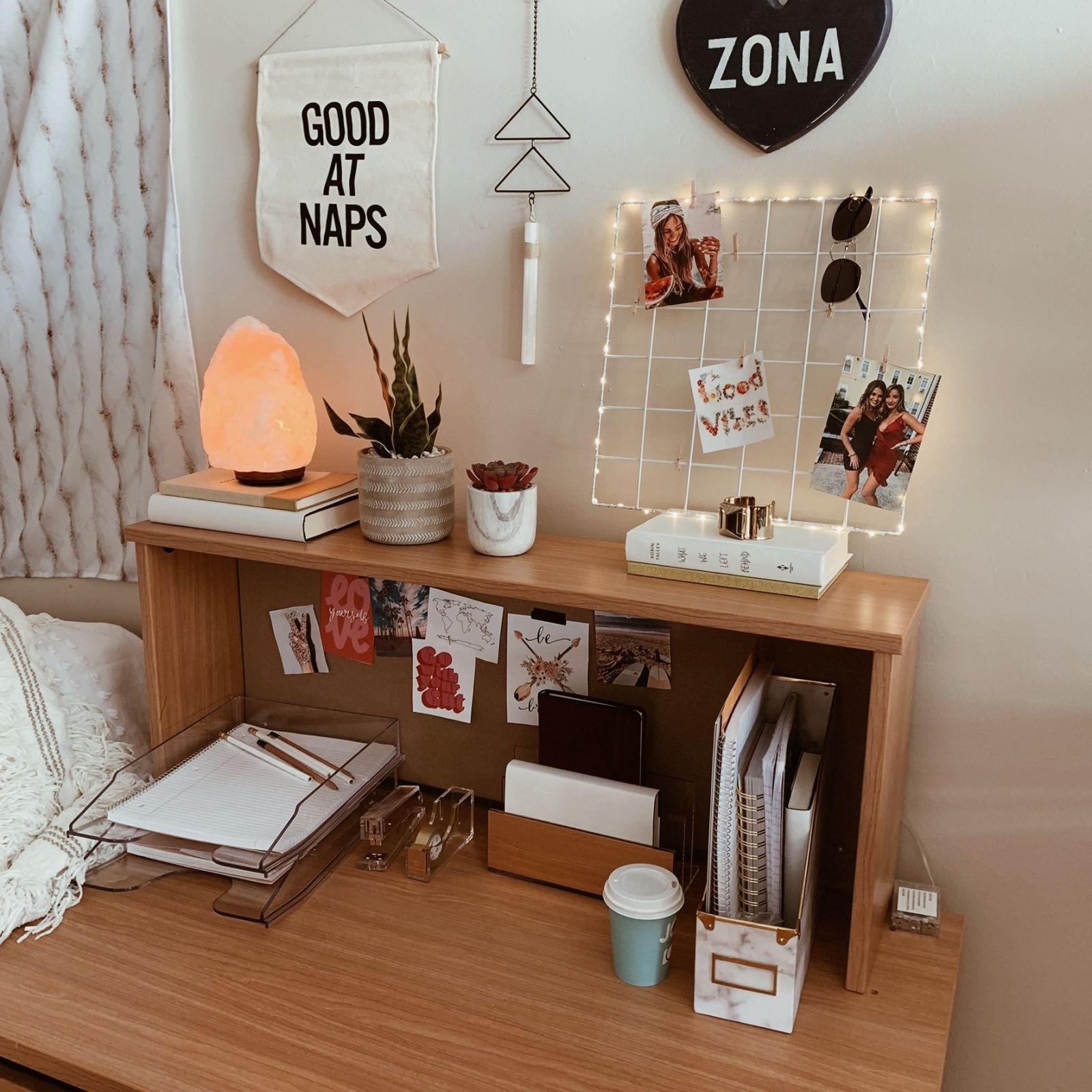 Dorm Room Inspiration, Retro Room, Room