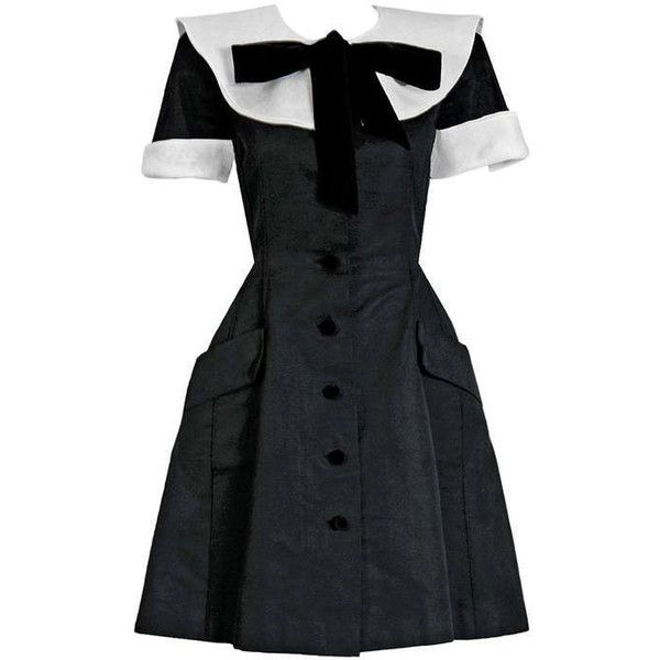 Preowned 1989 Valentino Couture Silk-faille Black & White Tuxedo... (€2.170) ❤ liked on Polyvore featuring dresses, valentino, white, white evening dresses, neck ties, holiday party dresses, white dresses and party dresses