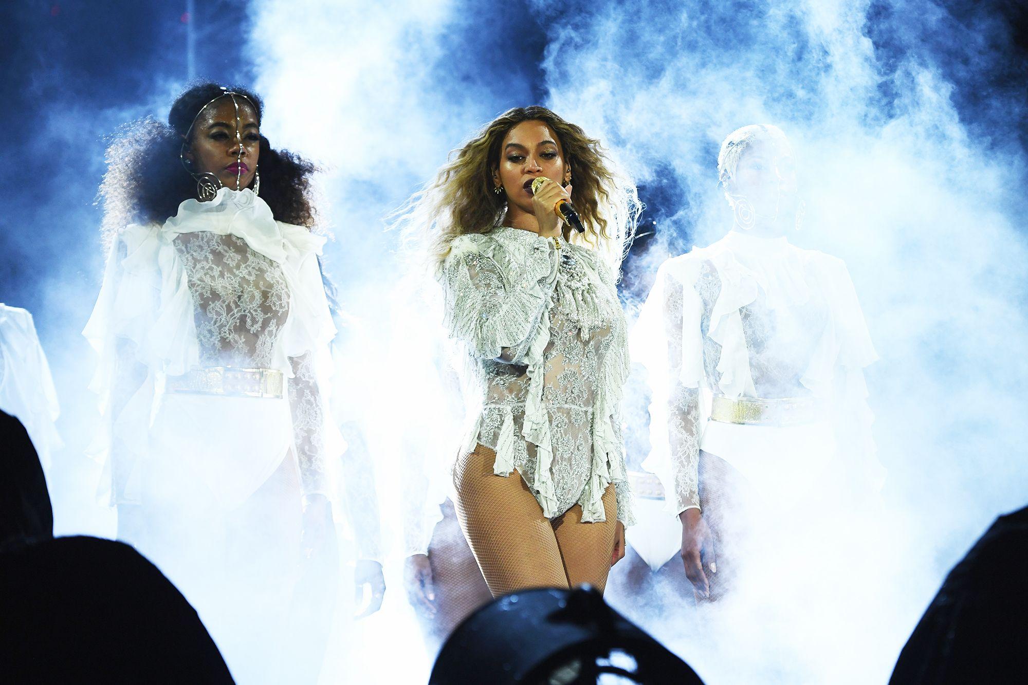 Beyoncé's Net Worth Beyonce dangerously in love