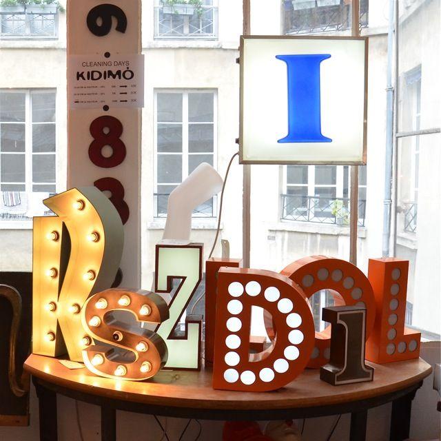 kidimo atelier paris lettres enseigne vintage lumineuse inspiration fireplace chemin es. Black Bedroom Furniture Sets. Home Design Ideas