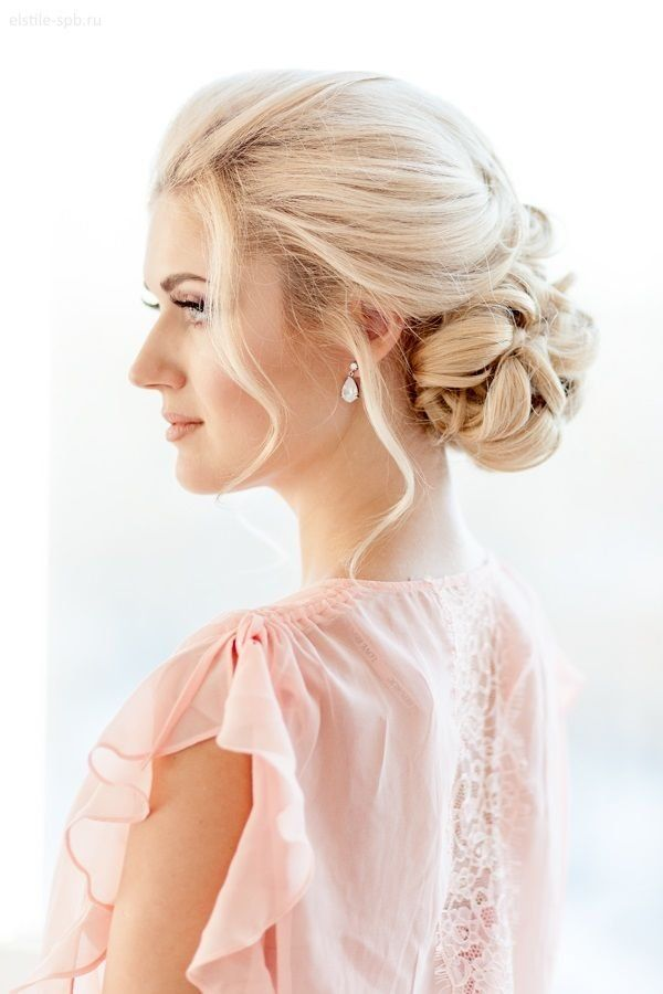 curly wedding guest hairstyle