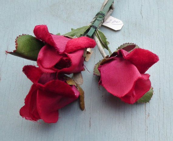 Vintage 40s Millinery Flowers Red Roses by sewmuchfrippery on Etsy