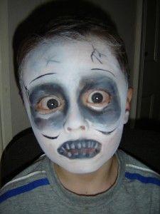 Maquiagem De Zumbi E Fantasma Para Criancas Maquiagem Halloween Fantasia De Zumbi Maquiagem Infantil Halloween