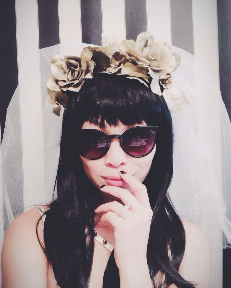 Bachelorette idea veil outfit