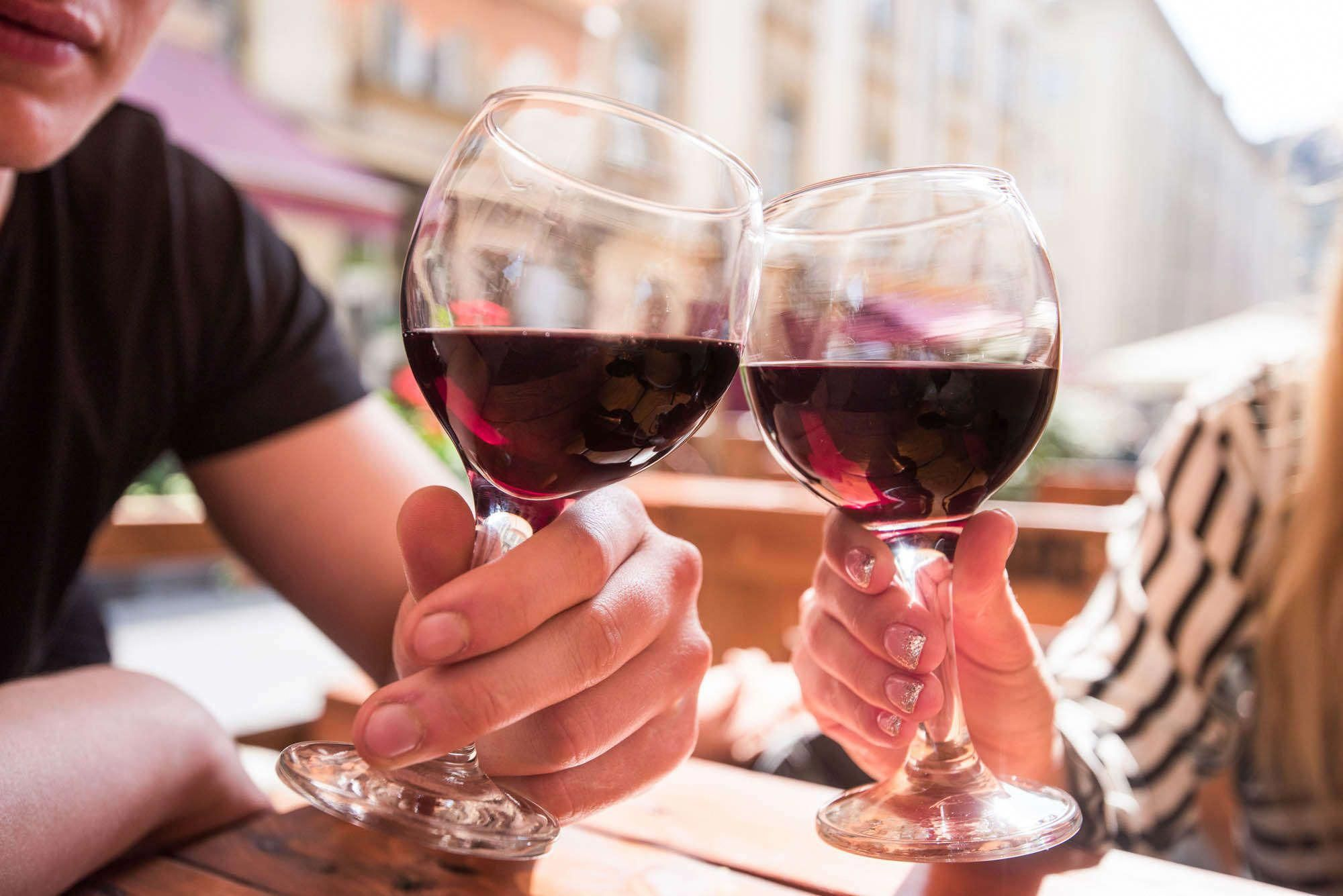 If You Want Quality Beer Italian Language Wines Are Definitely Most Of The To Think About Whitewinesangriarecipe Wine Drinks White Wine Sangria Recipe Wine