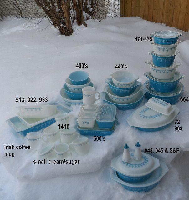 Snowflake Blue vintage pyrex