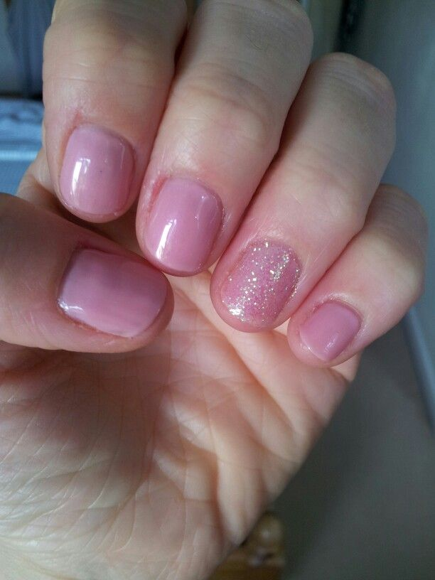 Blush Teddy And Iridescent Glitter Accent Nails Cnd Shellac
