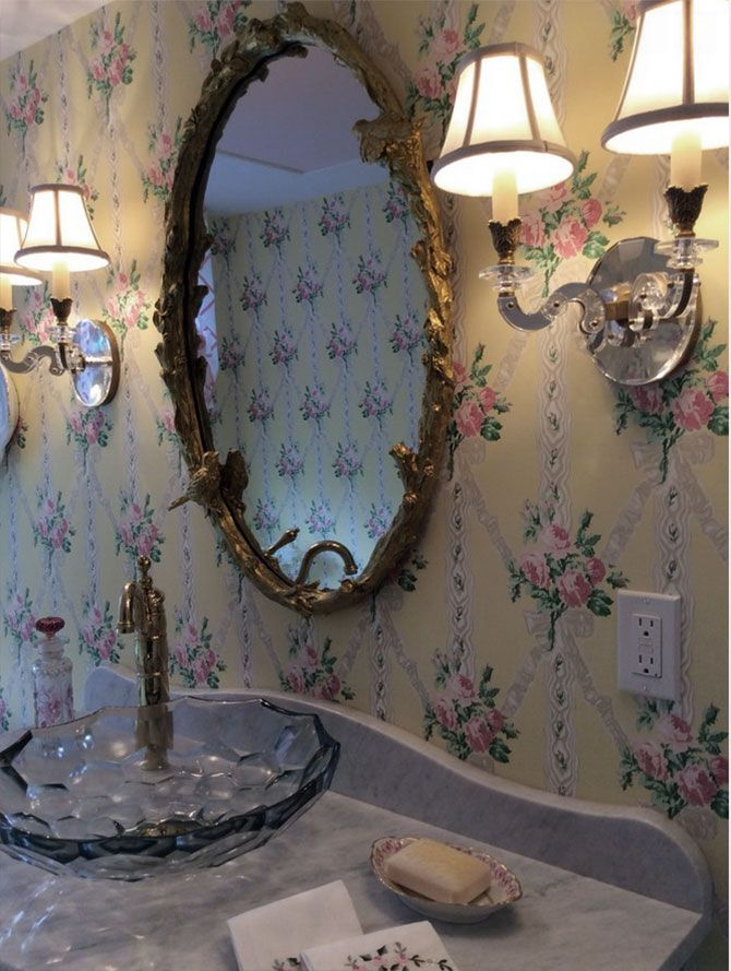 Traditional Bathroom Decor With Crystal Sconces Sconces Pinterest Crystal Sconce