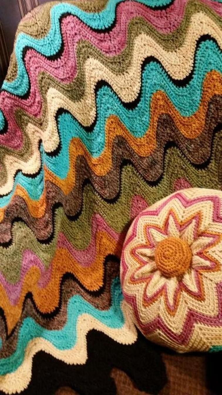Mid century exaggerated ripple afghan craftsy yarn crafts looking for crocheting project inspiration check out mid century exaggerated ripple afghan by member bankloansurffo Images