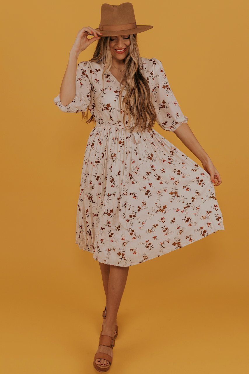 Safiya Floral Dress  Maxi dress outfit fall, Floral dress, Dresses