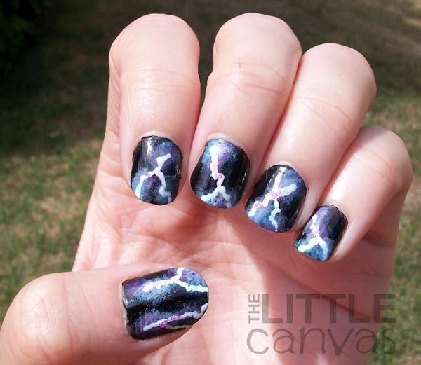 Lightning Bolt Nail Art I Wanna Do This To My Nails