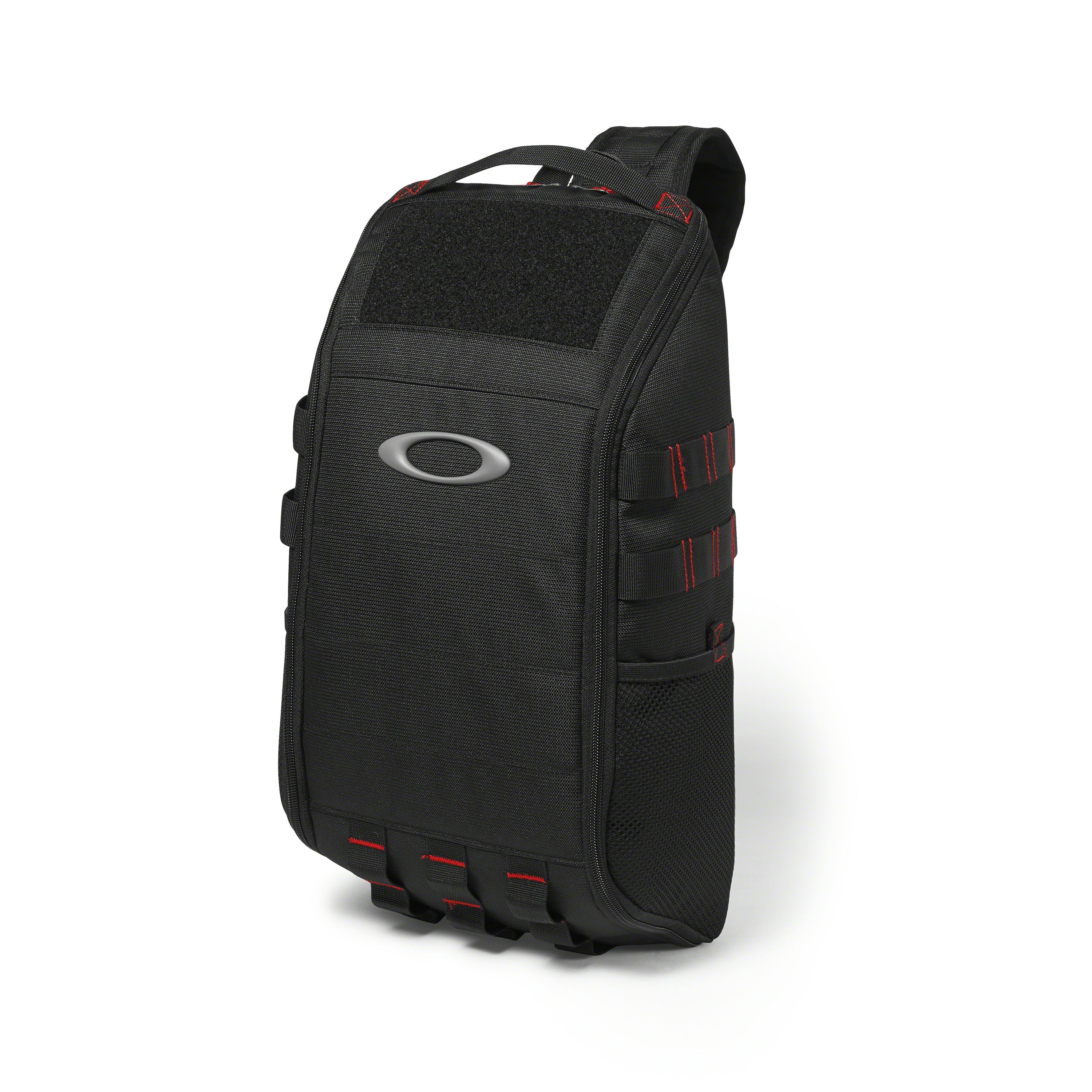 53a5e7acd48 Shop Oakley Extractor Sling Backpack in BLACK at the official Oakley online  store.