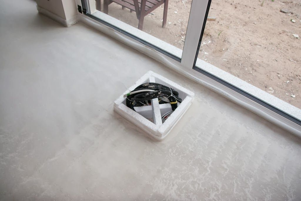 Steckdosen Im Fußboden ~ Steckdose im fußboden aussparung haus bathroom polaroid und
