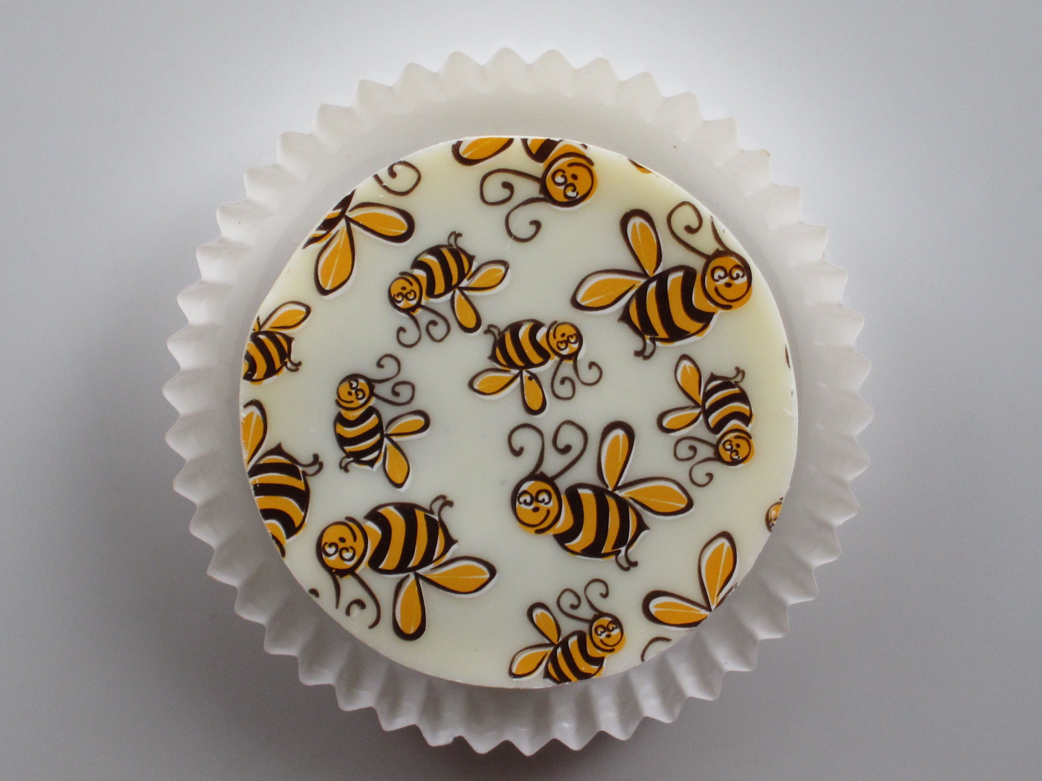 How To Make Candy Cakes For Bees