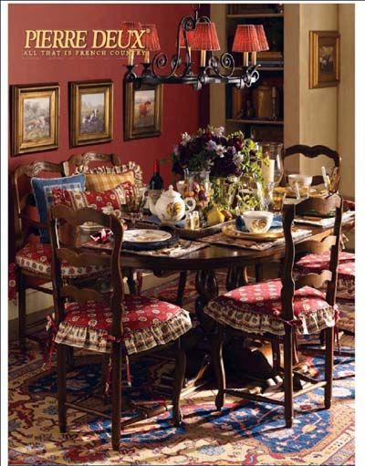 Perfect Cozy French Country Dining
