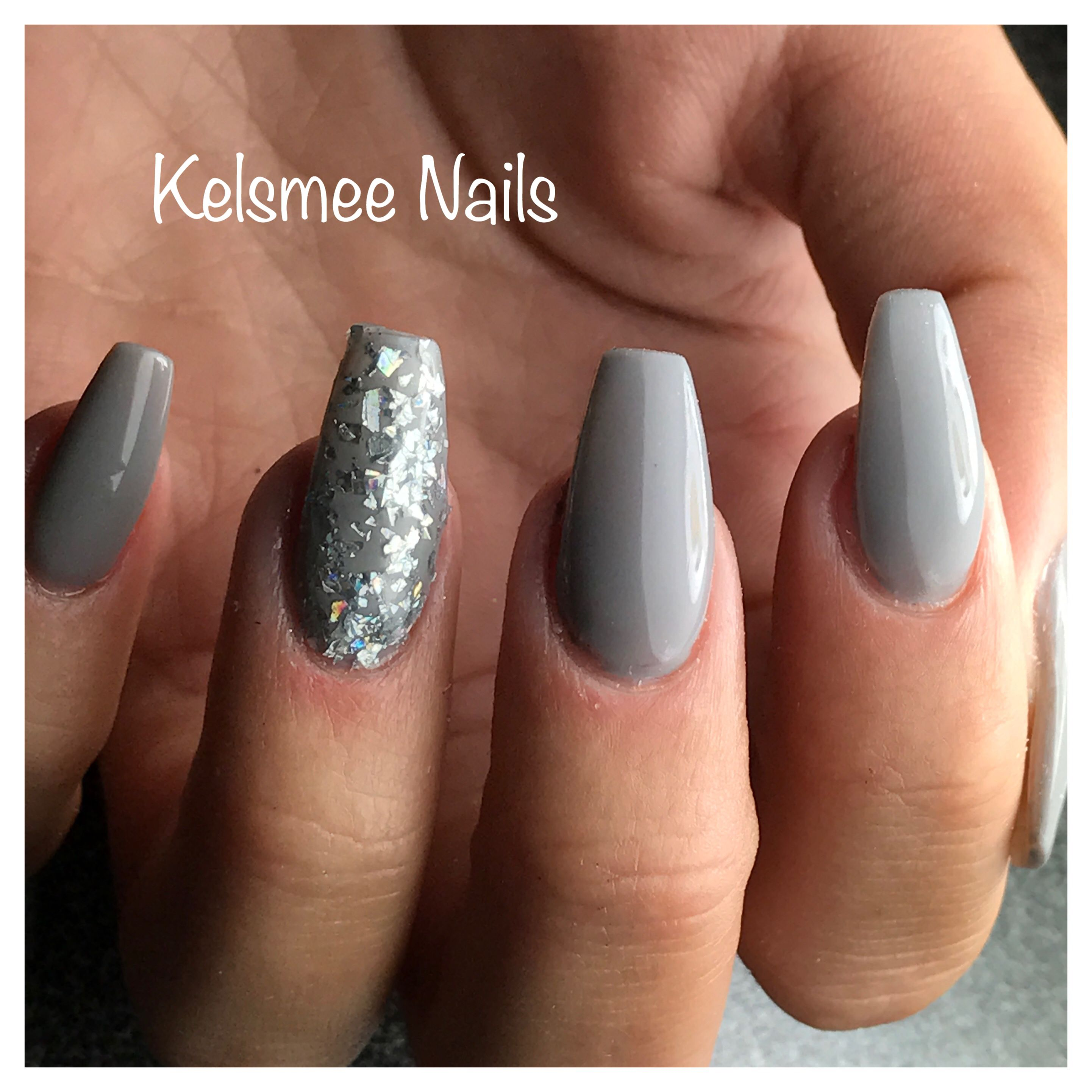 LeChat nails Grey I think it was Fog City | Pretty Nail Colors ...