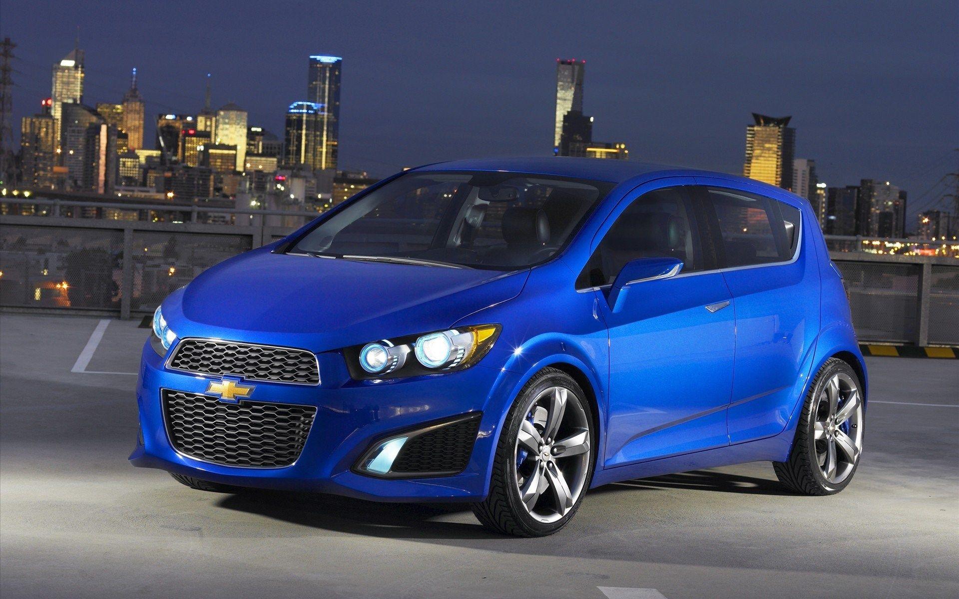 2016 Sonic Hatchback Car 5 Door Hatchbacks Chevrolet Chevy Sonic Chevrolet Sonic Hatchback Cars