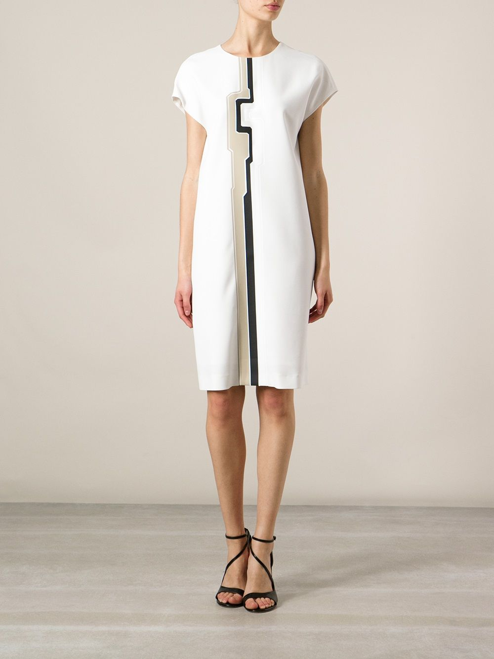 Fendi Geometric Line Printed Dress Farfetch Com Print Dress Dresses Day Dresses [ 1334 x 1000 Pixel ]