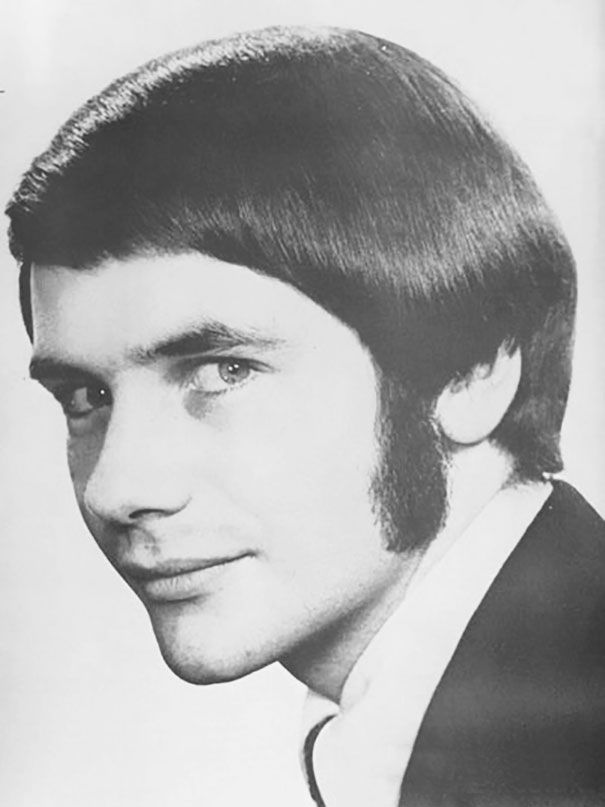 1960s And 1970s Were The Most Romantic Periods For Men S Hairstyles Mens Hairstyles Medium Mens Hairstyles Cool Hairstyles For Men