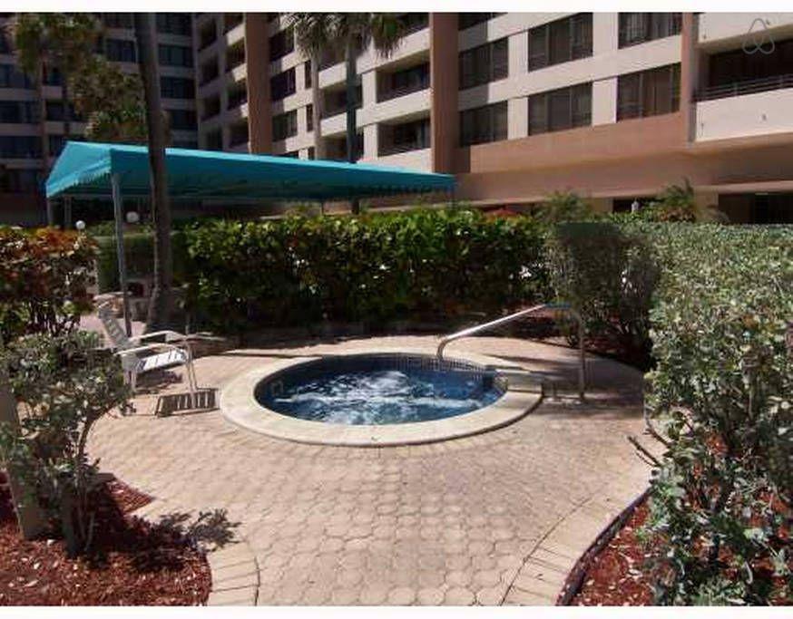Miami South Beach Vacation Rental Apartments