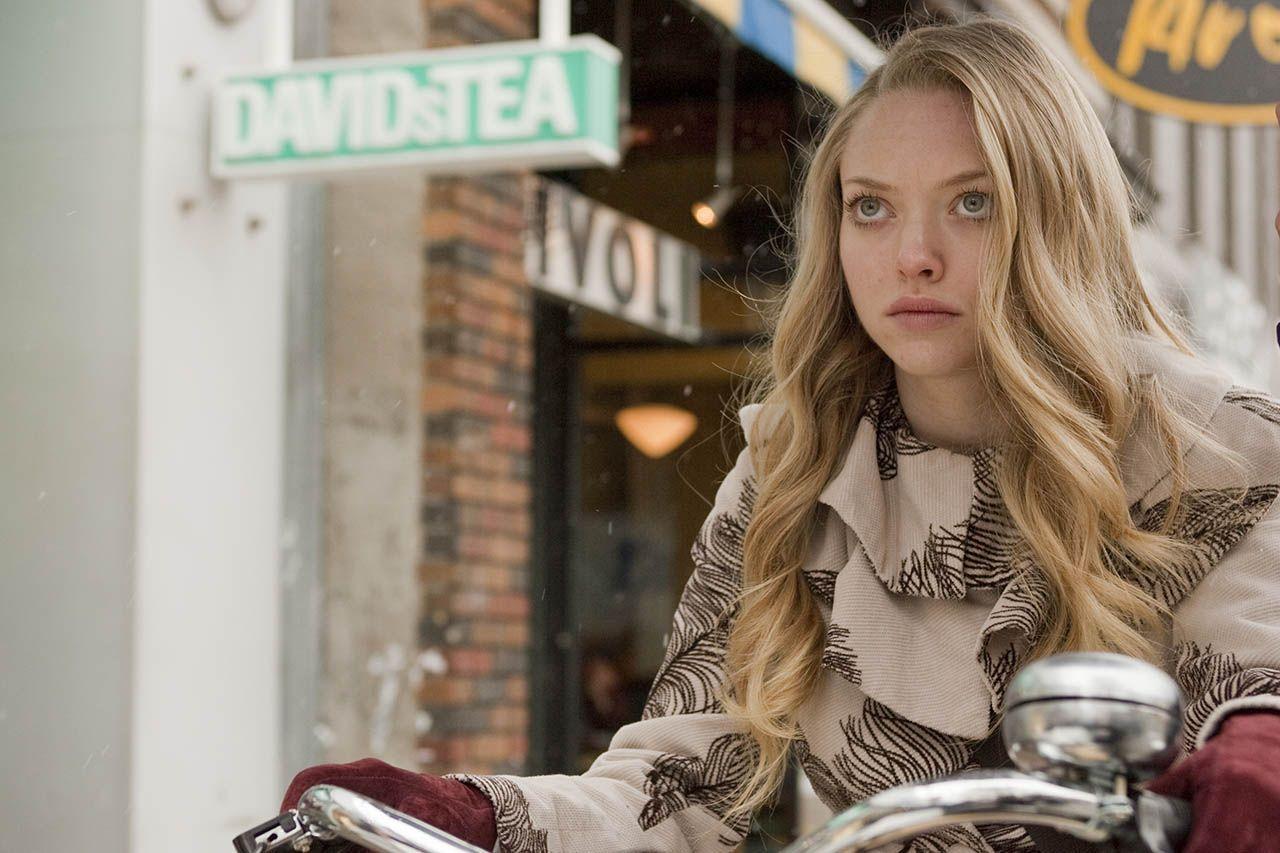 Amanda seyfried chloe fashion 52
